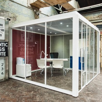 Studio Pods Square